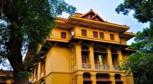 Viet Nam-Colonial Quarter Houses.jpg